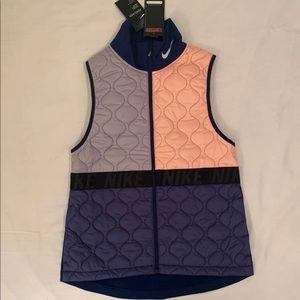 Nike women lightweight vest